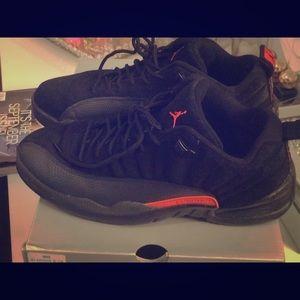 Air Jordan 12 low tops